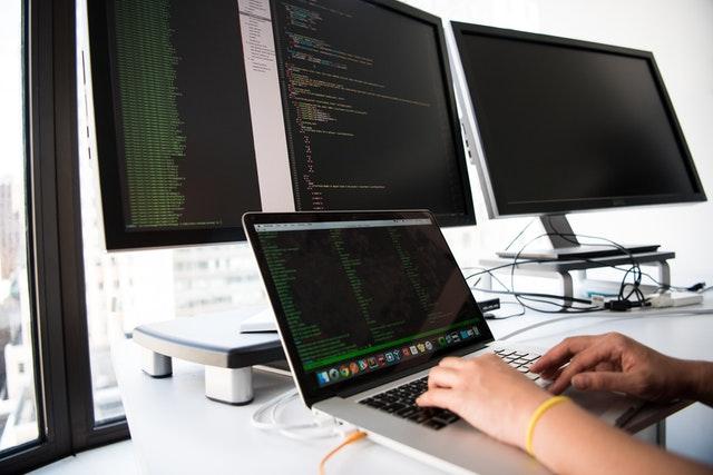 Branża IT - Ile zarabia tester oprogramowania